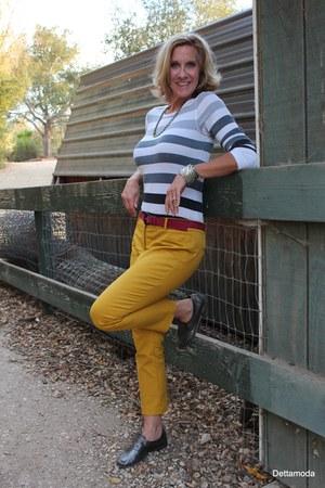 kirra t-shirt - Clocharme loafers - Dahlia pants - YSL belt