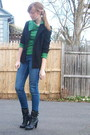 Black-2nd-hand-blazer-green-sweater-blue-2nd-hand-jeans-black-f21-boots
