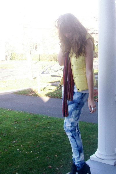 gift vest - thrift scarf - DIY jeans - H&M boots