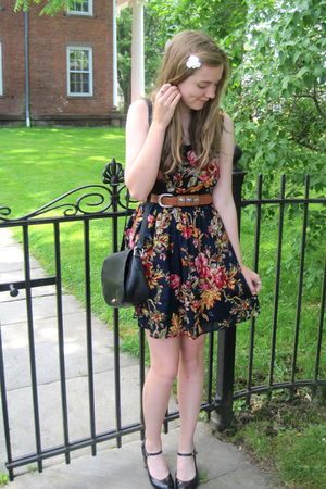 blue Target dress - brown vintage belt - black thrift purse - black delias shoes