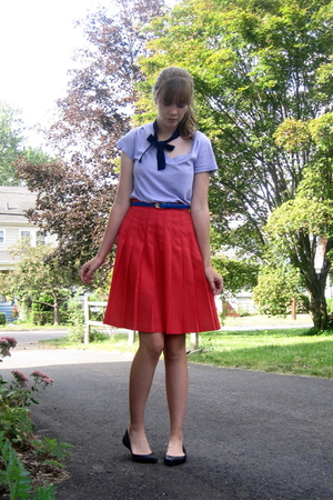 f21 shirt - thrift skirt - thrift belt - Nine West shoes