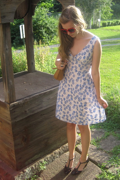 red Hot Topic sunglasses - blue syms dress - brown consignment shoes - brown con