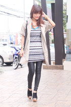 white swapped dress - light brown The Ramp coat - black Forever 21 leggings