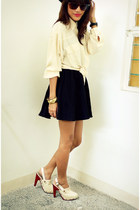 nude cropped Archiveclothing top - black SM depstore skirt - off white Gold Dot