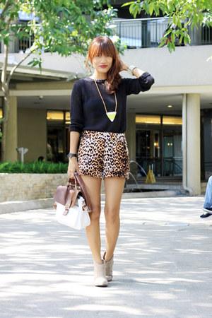 Meg shorts - Shoe Etiquette boots - JCube Online bag - ruckus necklace