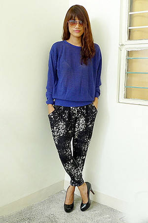 blue Archive Clothing sweater - black Archive Clothing pants - black daintyshop