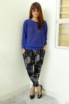 blue Archive Clothing sweater - black Archive Clothing pants - black daintyshop