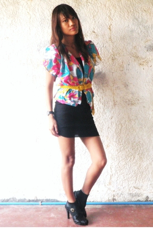 vintage blouse - H&amp;M dress - shoes
