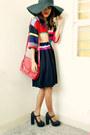 Red-chloe-dress-black-floppy-from-cebu-hat-red-vintage-liz-claiborne-bag-b