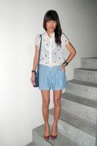 vintage shorts - vintage belt - liz claiborne accessories - from depstore shoes