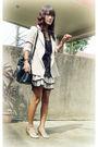 Beige-thrifted-blazer-black-thrifted-dress-gold-elle-shoes-black-thailand-