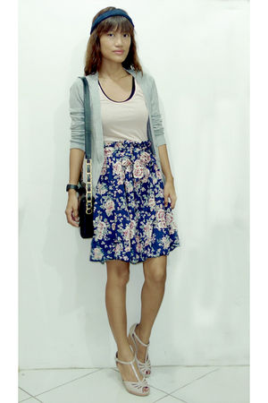 gray Forever21 cardigan - pink Zara top - blue vintage skirt - beige CMG shoes