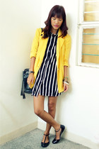 black Stoic dress - yellow thrifted vintage blazer - black Millies flats