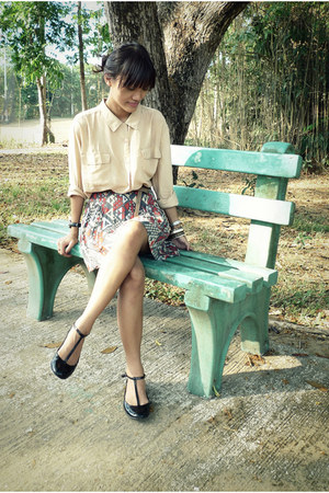 black Millies flats - camel thrifted shirt - gray fashionstopshoptk skirt