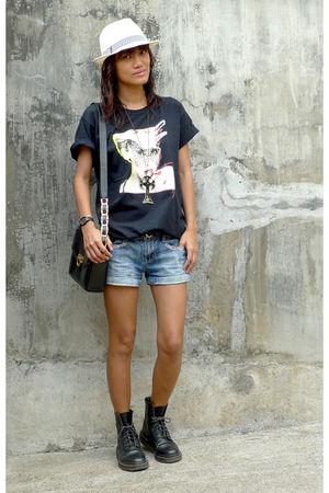 black kylie shirt shirt - dms shoes - versace accessories