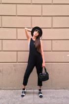 black Marypaz shoes - black vintage bag - white Oysho t-shirt