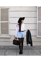 periwinkle denim shorts vintage shorts - black brimmed hat H&M hat