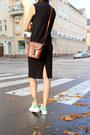 Black-ribbed-cotton-monki-dress-brown-leather-vintage-bag