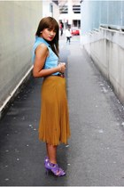 mustard pleated Lovely Girl skirt - violet strappy Zara shoes