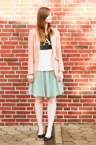 light blue denim Monki skirt - peach H&M blazer - light pink asos t-shirt