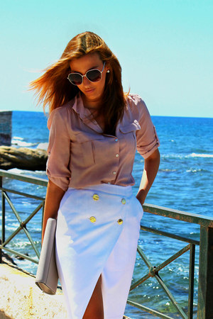 white pencil skirt Zara skirt - peach shirt
