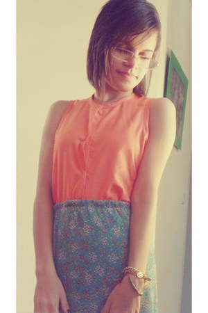 carrot orange A Modelinho blouse - chartreuse A Modelinho skirt