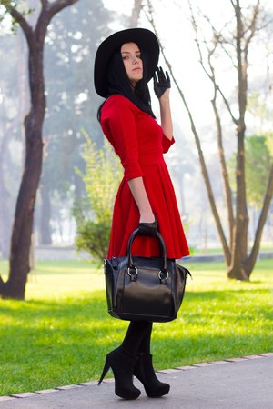 romwe hat - Voguec dress - sammydress bag - romwe gloves