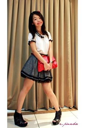 white blouse - dark gray Forever21 skirt - black Virtual Mae shoes - crimson pur