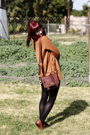 dark brown black-brown bag Fossil bag - burnt orange loafers