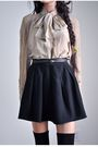 Black-skirt-beige-blouse-beige
