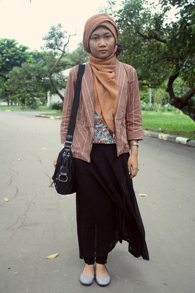 black tailored skirt - brown tartan Hardware blazer