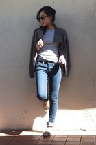 Joes Jeans jeans - BCBG jacket - Tommy Hilfiger t-shirt - Elie Tahari loafers