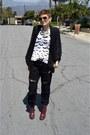 Brick-red-heels-dr-martens-boots-black-boyfriend-jeans-wrangler-jeans