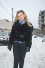Black-pull-bear-pants-black-bsb-coat-black-bsb-gloves-blue-pinkie-scarf-
