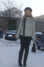 Black-zara-boots-gray-zara-coat-black-pull-bear-pants-green-timeout-scarf-