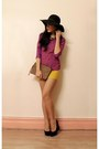 Black-tony-bianco-wedges-magenta-sportsgirl-top
