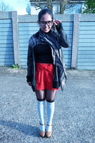 brown Forever21 shoes - Guess scarf - red Miss Selfridge shorts