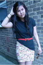 black Zara t-shirt - pink Zara skirt - red belt