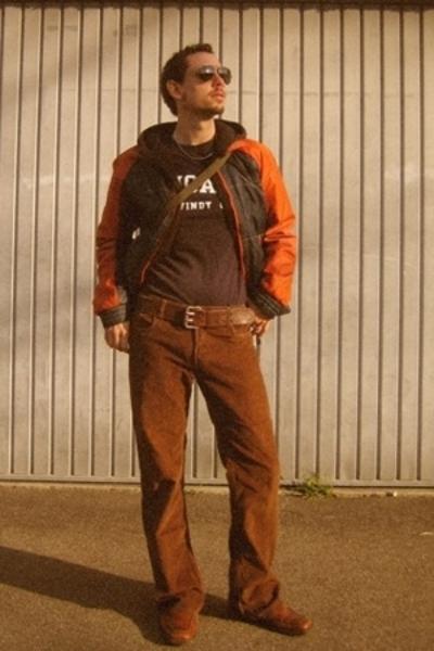 H&M jacket - H&M sweater - Chicago OHare International Airport t-shirt - Swiss A