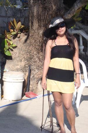no brand hat - no brand dress - animal print no brand sunglasses