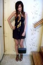 tie rack scarf - Vintage bag - Zu gladiator heels