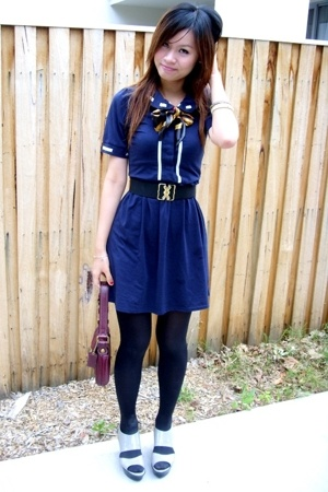 reverse blue dress - DIY belt - vintage scarf - charles and keith wedges - coach