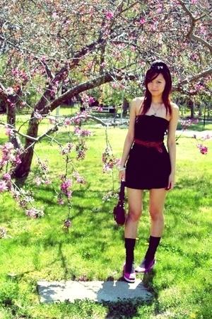 oneteaspoon black dress - thrifted belt - target pink shoes - coach wine bag