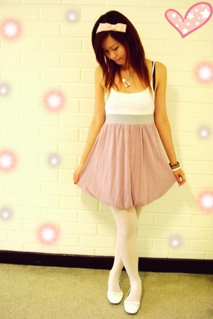 night market bubble dress - diva bow headband - supre white stockings - white sh