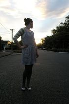 silver Glassons dress - gray The warehouse tights - yellow Valley Girl cardigan