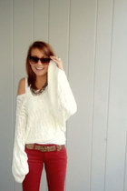 ruby red Arden B pants - white Arden B sweater
