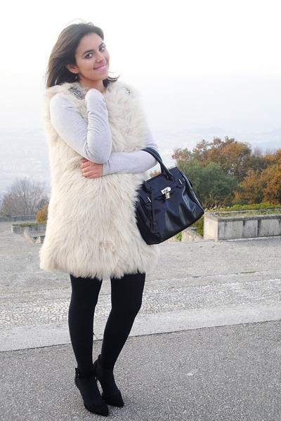 Zara shoes - Zara shirt - Parfois bag - Zara vest - Zara skirt
