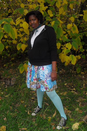 Old Navy jacket - TJ Maxx skirt - HUE tights - Converse shoes