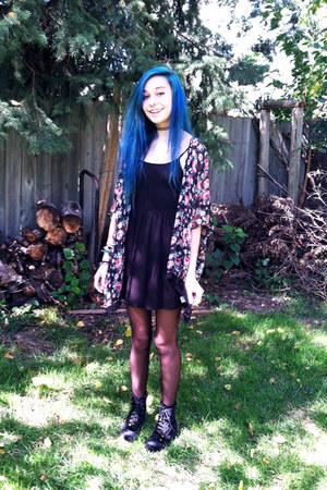 black skater Forever 21 dress