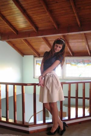 blue shirt - beige Mango skirt - red handmade hair band accessories - brown shoe